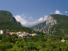 18_Mount-Olympus-in-Greece.-On-the-foreground---small-town-of-Litohoro.