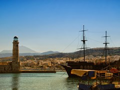 31_Rethymno-A-panoramic-image-of-the-harbor-at-Rethymnon-on-the-Greek-isle-of-Crete