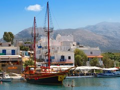 38_Harbor-in-Sissi.-Crete,-Greece