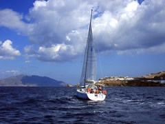 13_Mykonos-sailing-in-the-Aegean