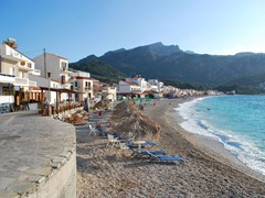 06_Beach-at-Kokkari,-Samos-island,-Greece