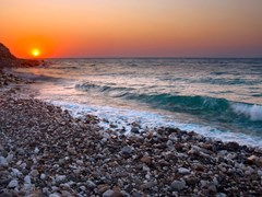 15_Sunset-at-Mediterranean-beach.-Samos-Island,-Greece.