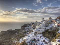 01_Sunset-at-Oia,-Greece,-Santorini