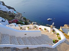 14_Steps-in-Santorini-island,-Greece