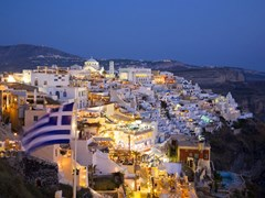 25_Santorini-at-Night,-Fira-the-Main-Town.