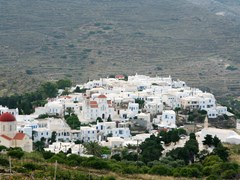 02_The-beautiful-village-of-Pyrgos-in-Tinos-island,-Greece
