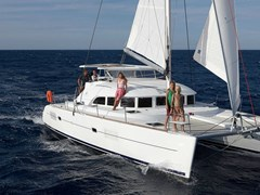 Istion_Yachting_lagoon380-f