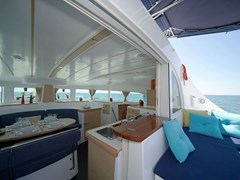 Istion_Yachting_lagoon380-j