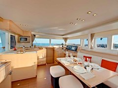 Istion_Yachting_lagoon450-ka