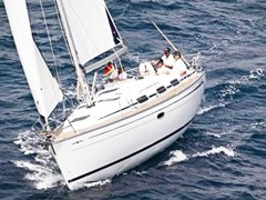 Istion_Yachting_Bavaria33-c