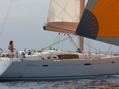 Istion_Yachting_Oceanis_54-a.jpg
