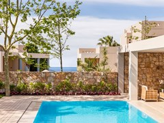Sani_Asterias_3Bedroom_Family_Suite_Private_Pool_01