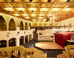 Bomo Athos Palace Hotel: night club