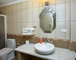 Bomo Assa Maris Beach: Double Deluxe Bathroom