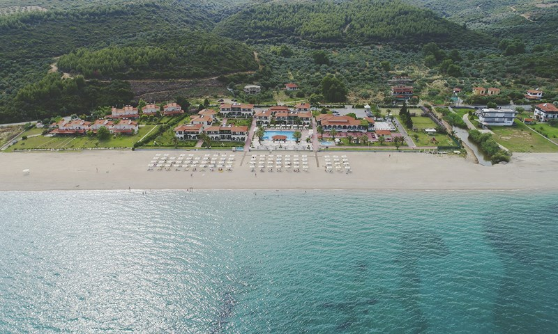 Bomo Assa Maris Beach