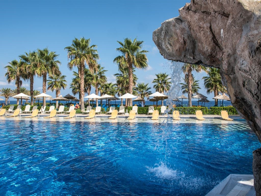 Radisson Blu Beach Resort Crete - 11