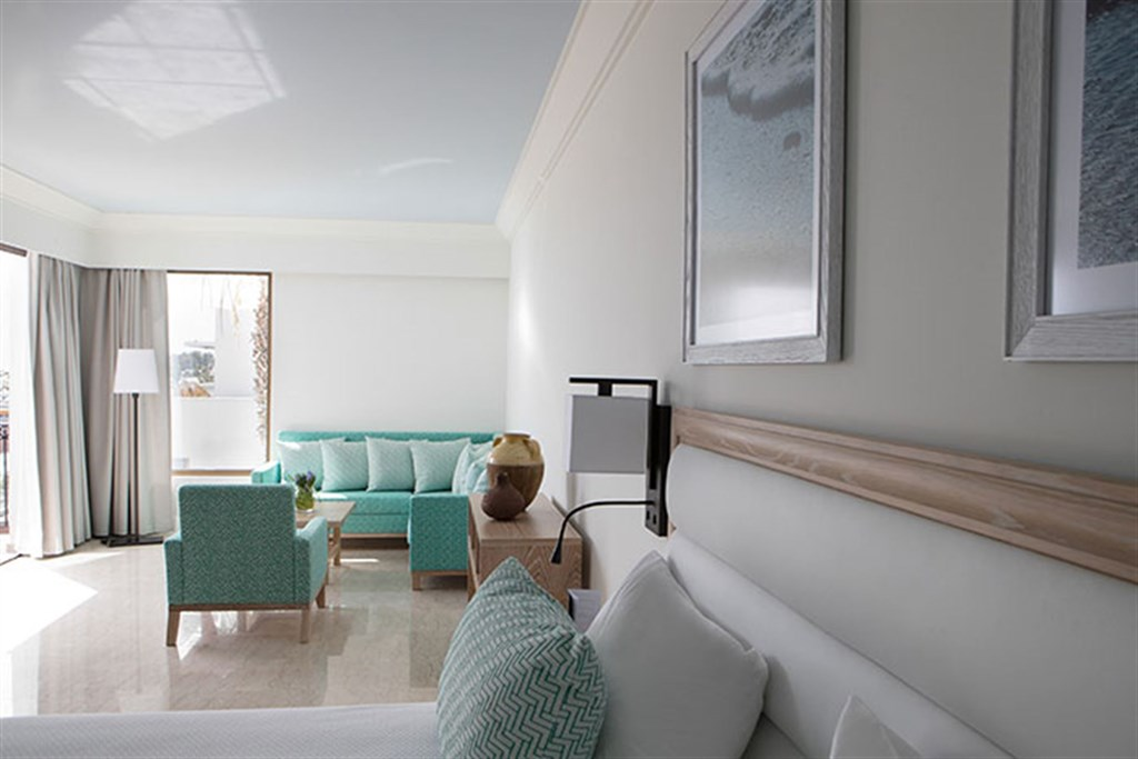Annabelle Hotel 5* Family Room - Sea View Все приведенные фото номеров или схемы размещения являются примерами и могут отличаться.- 72