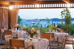 Vouliagmeni Suites - photo 12