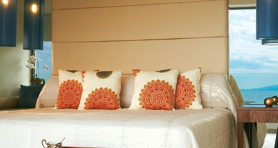 Amirandes Grecotel Exclusive Resort: Luxury Guestroom