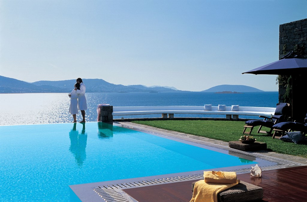 Grand Resort Lagonissi 5* Deluxe Suite Executive - Gold Club-Private Pool Все приведенные фото номеров или схемы размещения являются примерами и могут отличаться.- 36