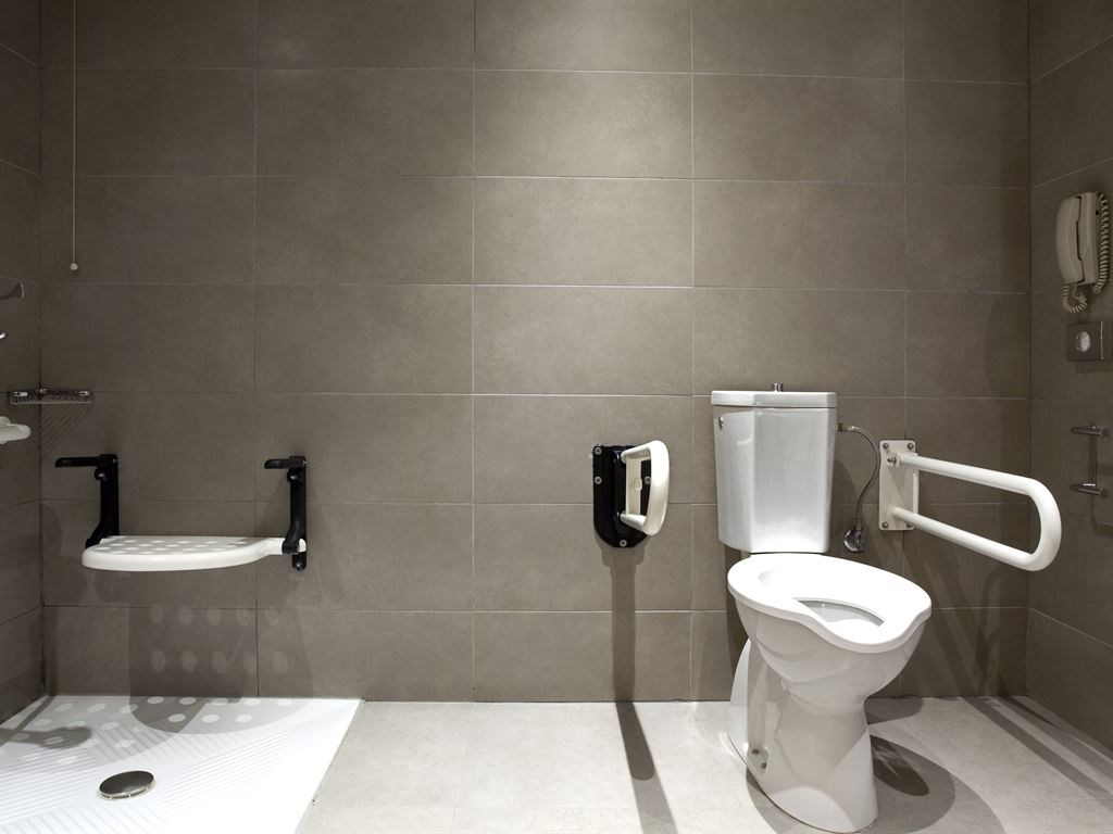 Lazart Hotel  5* Bathroom for disabled- 46