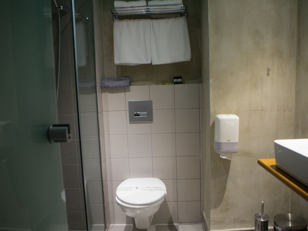 Metropolitan Hotel 4* Bathroom in Classic Room- 22