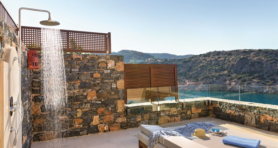 Daios Cove Luxury Resort & Villas : Villa Pool Area