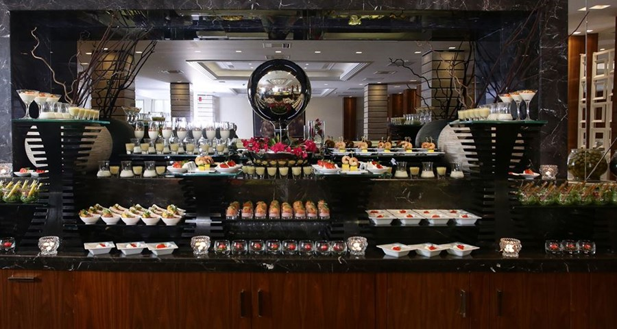 Pomegranate Wellness Spa Hotel: Zeus Main Restaurant Buffet