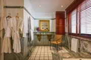 Danai Beach Resort & Villas: Bathroom